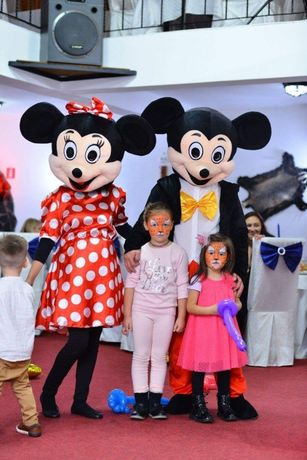 Mickey & minnie mascote,Elsa, Spiderman,Batman,Alba ca zapada!