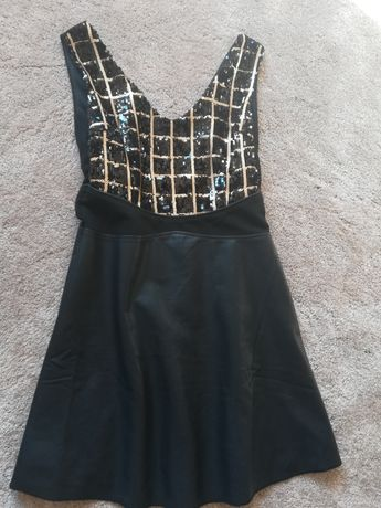 Рокли, бандажна  златна, черно със златисто бутикови рокли