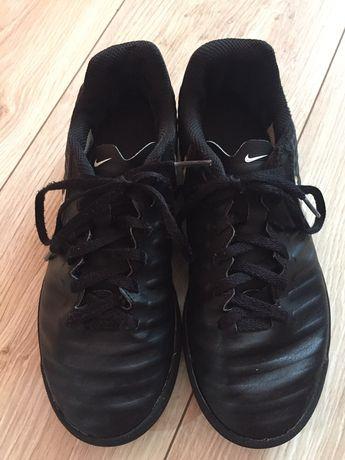 Детски спортни обувки Nike 36 номер