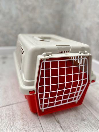 Переноска для кошек и мелких собак
