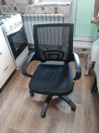 Продам офисное кресло в отличном состоянии