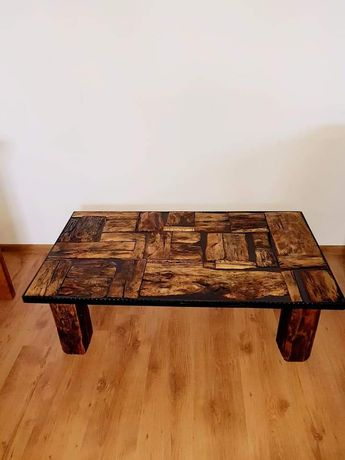 Masa din lemn antic si rasina epoxidica