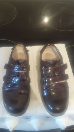 Обувь для девочки. Туфли. Пафики и демисезон ботинки, сандалии 22-35