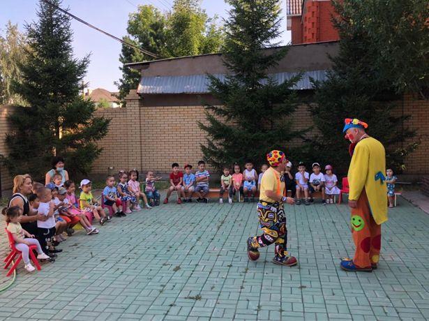 Детский сад с развозкой «Люпин» открывает набор детей.