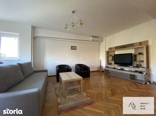 Inchiriere apartament 5 camere Unirii , Fantani