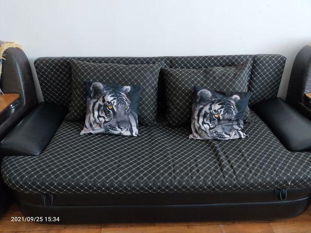 Продам диван состояние хорошее