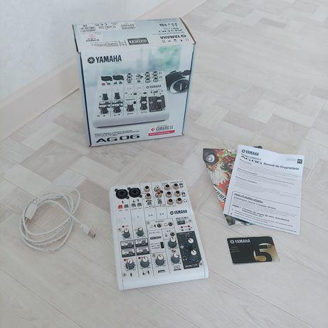 Звуковая карта микшер Yamaha Ag06 192khz 24bit