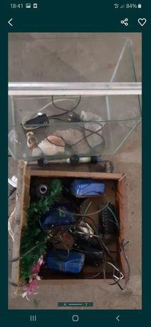 Продам причендалы для аквариума