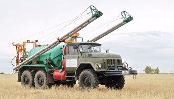 Продам самоходный опрыскиватель на базе ЗИЛ-131 .