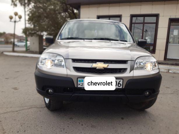 Продаю машину Chevrolet NIVA 2017 1.7