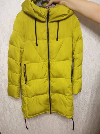 Зимняя куртка, размер S