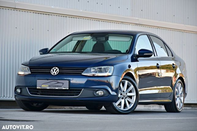Volkswagen Jetta Piele ~ Navigație ~ Cameră