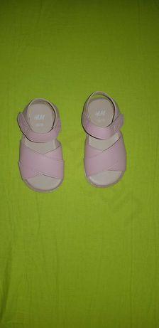 Papucei bebe fetiță