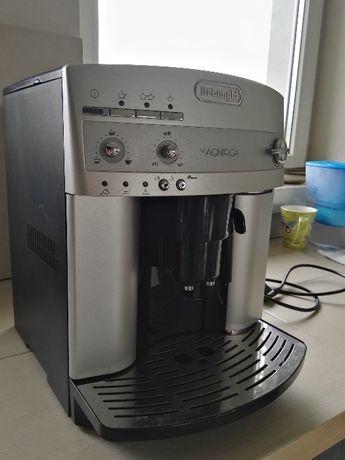 Продавам кафеавтомат ( кафемашина робот ) Delonghi Делонги Magnifica