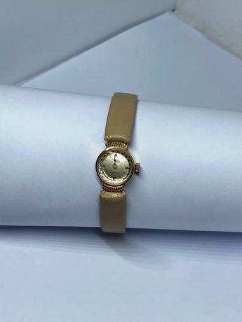 Ceas din aur 18 k ,de damă,functionabil