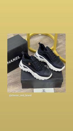 Женские кроссовки Chanel. Лимитированый выпуск