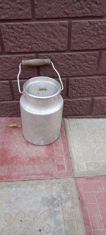 Бидон 4 литра. Советских времен.