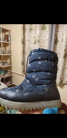 Продам подростковые, детские зимнюю обувь для девочек