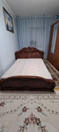 Продам двуспальную кровать!!!