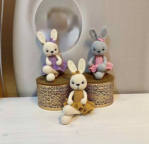 Плетени играчки на една кука-Зайчета