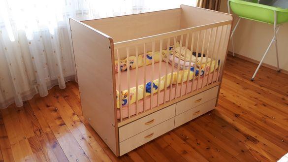 Бебешко легло-люлка с чекмеджета, размер 60 х 120