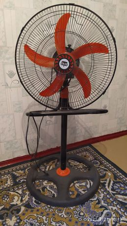 Вентилятор для комнаты