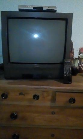Продавам телевизор Принцес 21 инча с дистанционно
