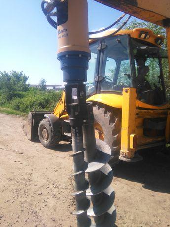 Услуги экскаватора и ямобура на базе трактора