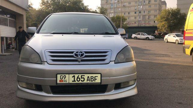 Toyota Ipsum. Объем 2.4