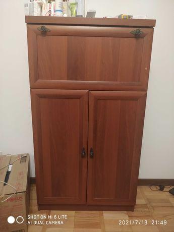 Тумба шкаф в хорошем состоянии