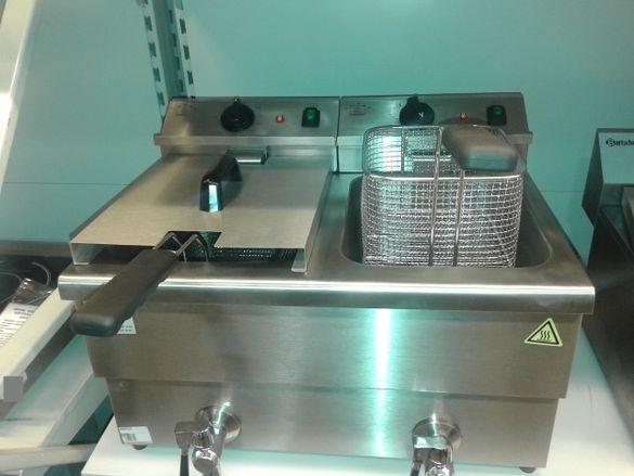 1.Професионален нов фритюрник на ток 2 х 8 литра. 2 х 3.5 kw.със кран