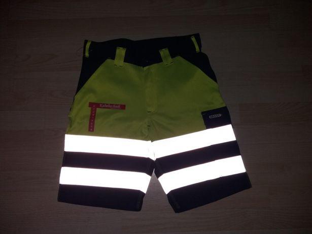 Pantalon scurt Dassy