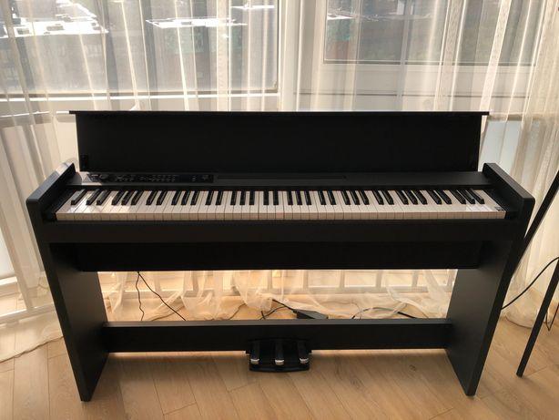 Цифровое пианино KORG LP-380, чёрное