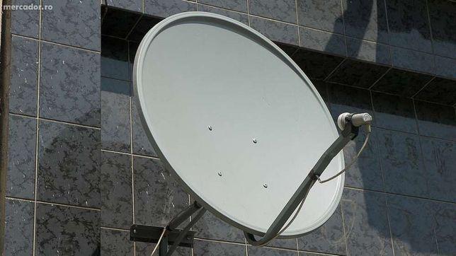 Antena parabolica de 1m cu clemele de prindere