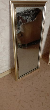 Продам зеркала в раме 82х40см
