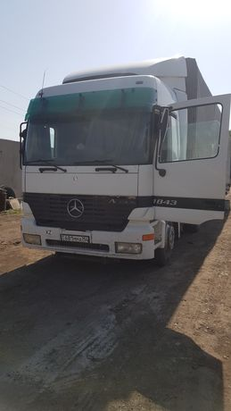 Mersedes Actros 2000 года