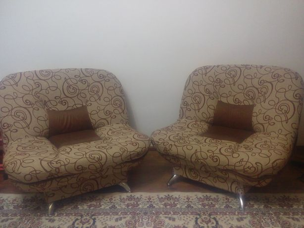 Срочно продам мягкую мебель.