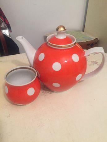 Чайник, кружка