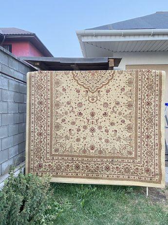 Продается ковёр. Кілем
