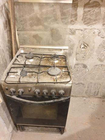 Газовая плита на 4 комфорки