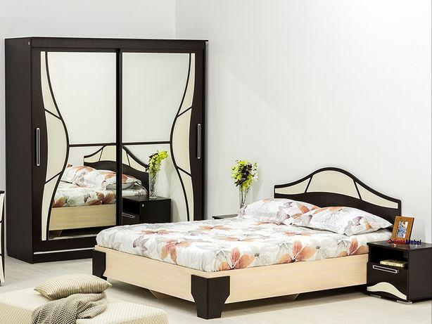 Продам спальный гарнитур, кровать, шкаф купе, две тумбы