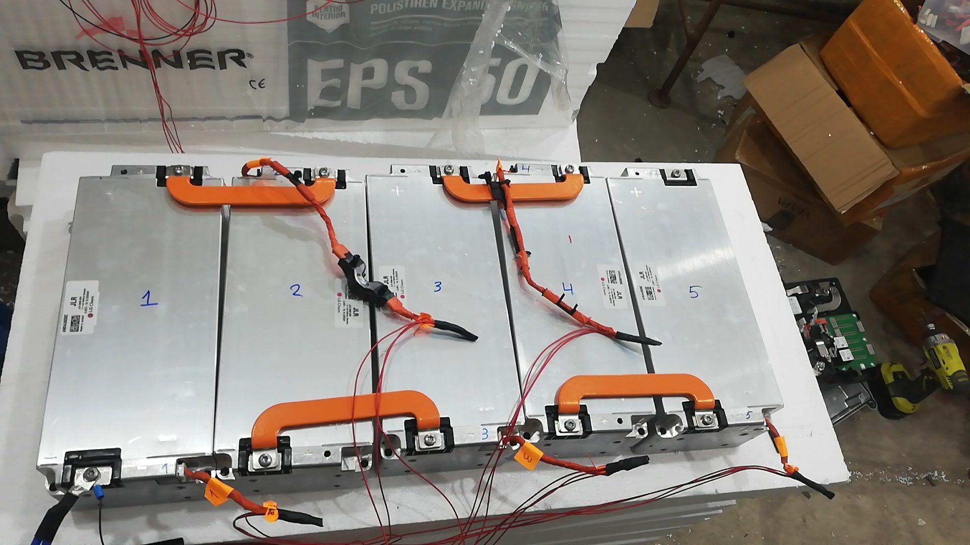 Acumulator Li-Ion 12V - 240Ah . Sisteme fotovoltaice, bărci electrice