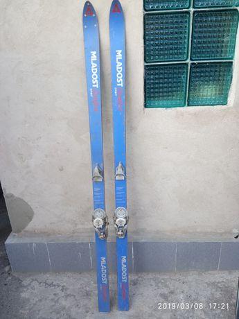 ПОЧТИ ДАРОМ! Продам лыжи ростовка 180 см