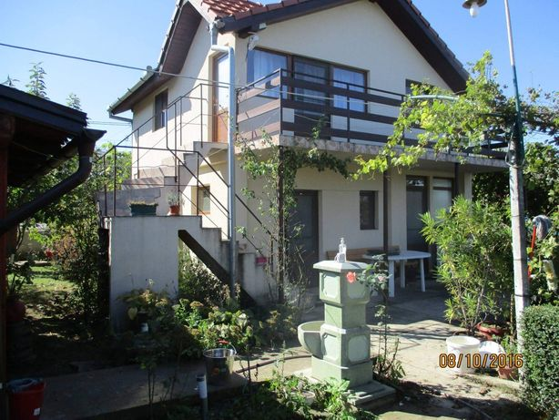 Vand casa la Dunăre,poziție excelenta,sat Batoti