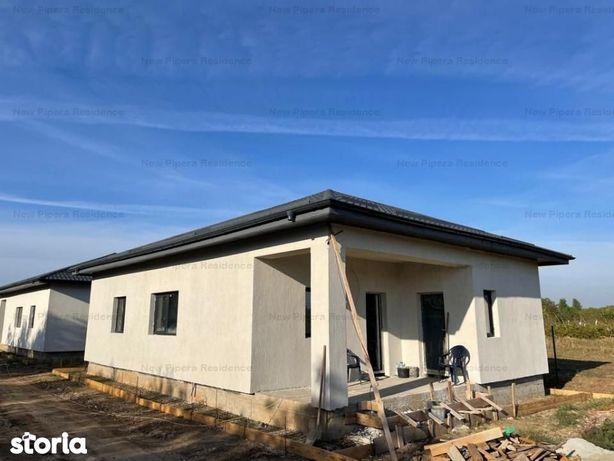 Casa Parter-3 dormitoare, 2 bai, Living, Bucatarie, CT - 75.000 euro