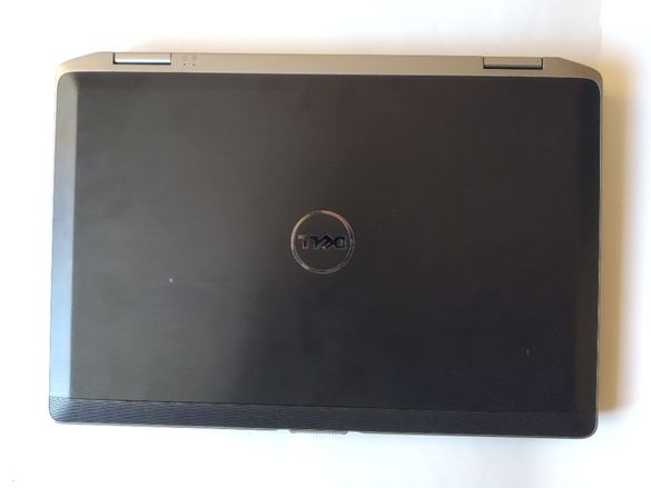 Продавам лаптоп dell latitude e6420 за части