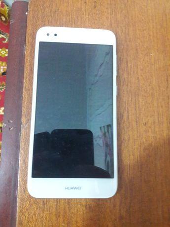 Продажа мобильного телефона Huawei p 9 lite mini в отличном состоянии