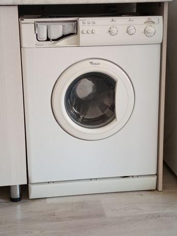 Продам стиральный машинку срочно,