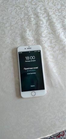 Продам Iphone 8
