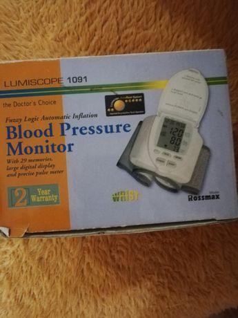 Уред за мерене на кръвно налягане на китката